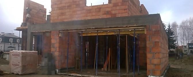 Budowa domów jednorodzinnych.