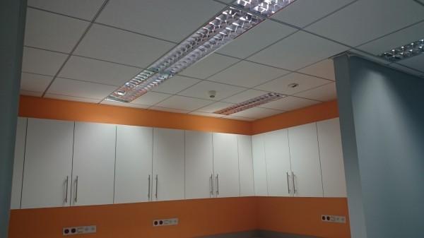 Montaż-sufitów-podwieszanych-600x337